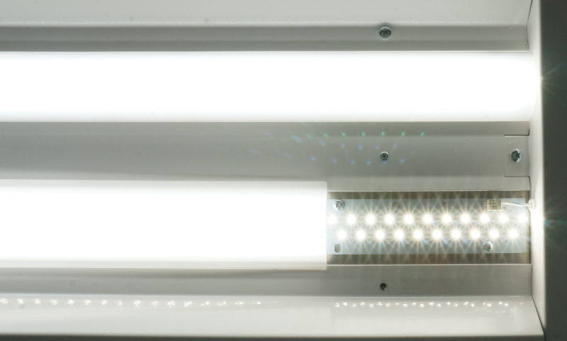 LE481     Front Access Industrial LED Paint Booth Light Fixture